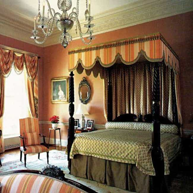Queens' Bedroom is listed (or ranked) 4 on the list The Coolest Rooms in the White House (And What Happens in Them)