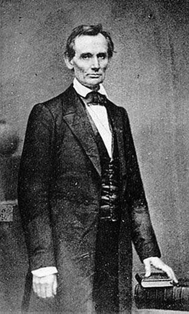 Lincoln's Ghost is listed (or ranked) 3 on the list Creepy Civil War Legends And Ghost Stories
