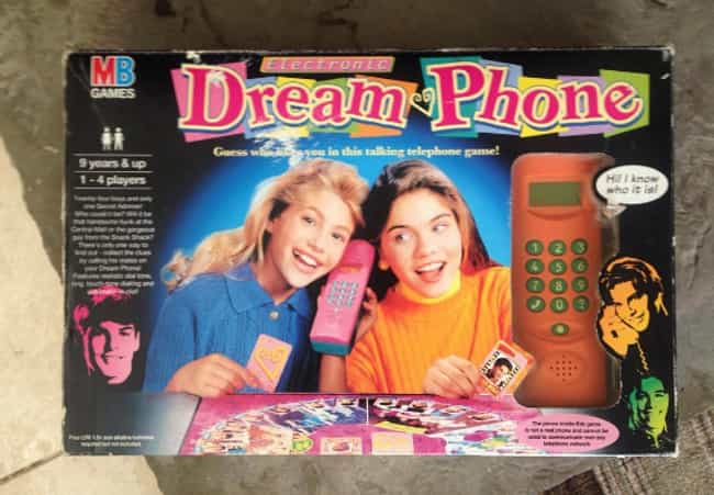 Dream Phone is listed (or ranked) 4 on the list '90s Toys All Girls Had That Were Actually Ridiculously Dumb
