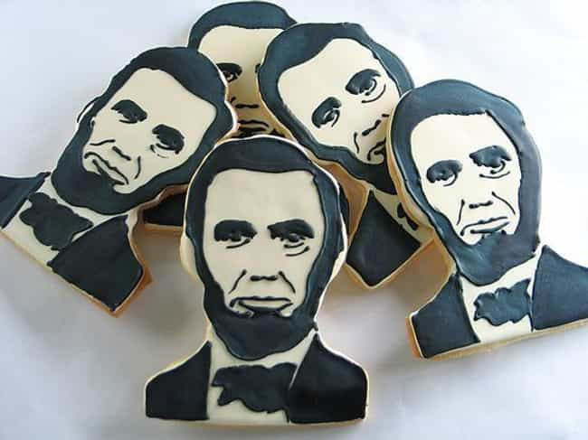 These Honest Abe Cookies is listed (or ranked) 3 on the list The Most Beautiful Portraits Made with Cookie Icing