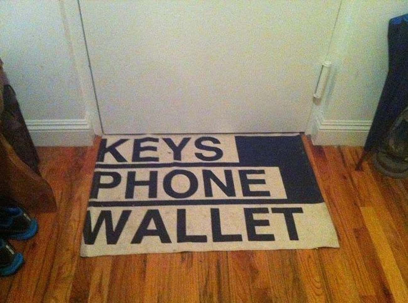 Never Use Another Sticky Note is listed (or ranked) 4 on the list 30 Funny Doormats Your Houseguests Will Definitely Laugh At