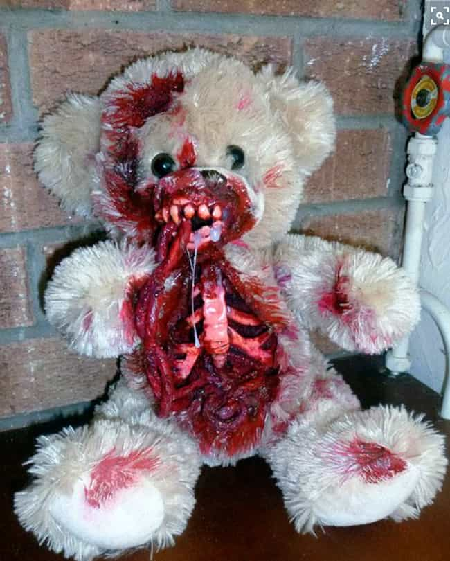 Stuffing the Dead is listed (or ranked) 2 on the list Stuffed Animals That Will Give You Nightmares