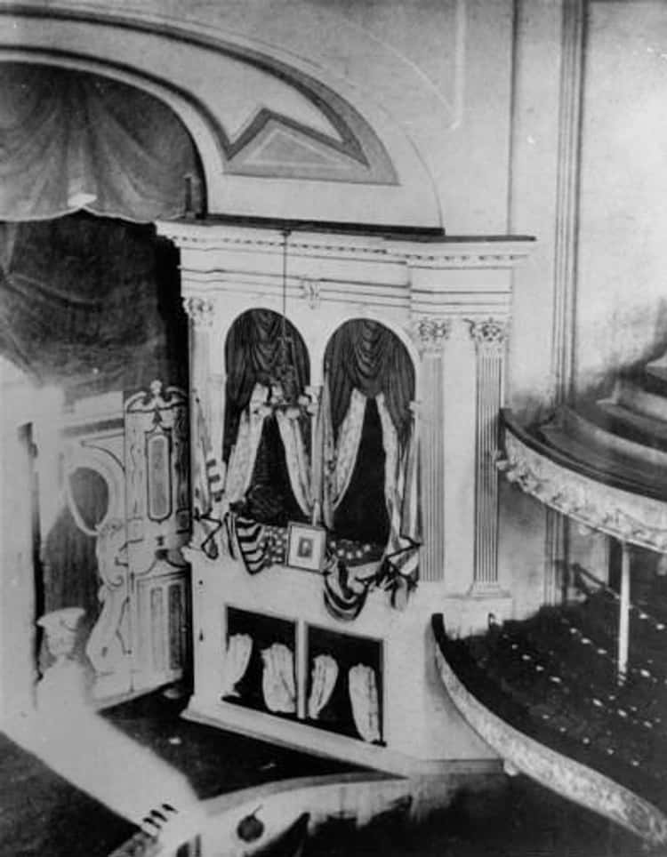 Abraham Lincoln's Bodyguard Left His Post at Ford's Theater for a Drink at the Saloon