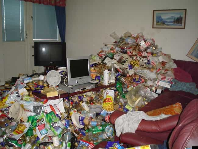 Recycling Hoarder is listed (or ranked) 1 on the list The Worst Gaming Setups on All of the Internet