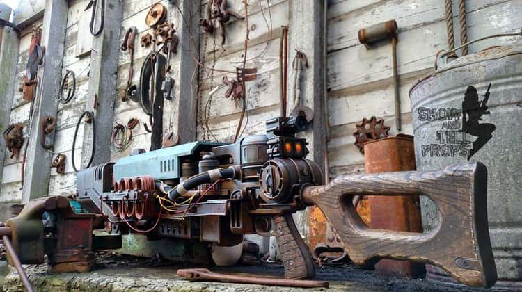 """It Took More Than a Minute to Make This """"Fallout 4"""" The Last Minute Replica"""