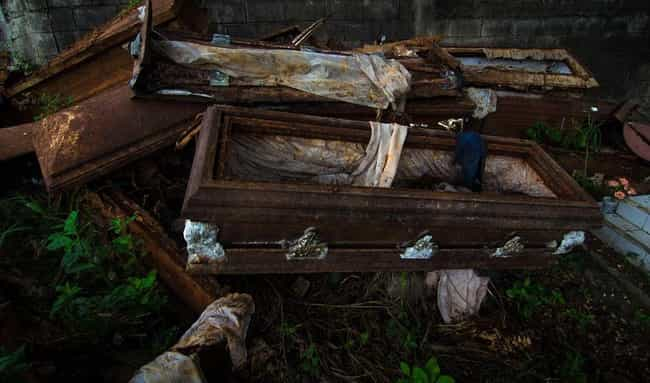 Reusable Coffins Used to... is listed (or ranked) 1 on the list Strange Facts About the History of Coffins and Burial