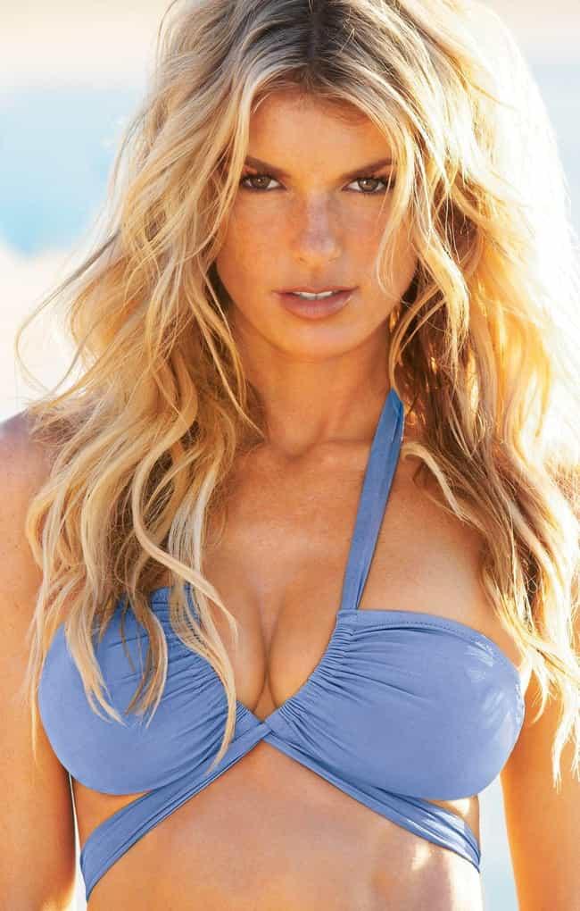 The 25  Hottest Marisa Miller Boobs Pics