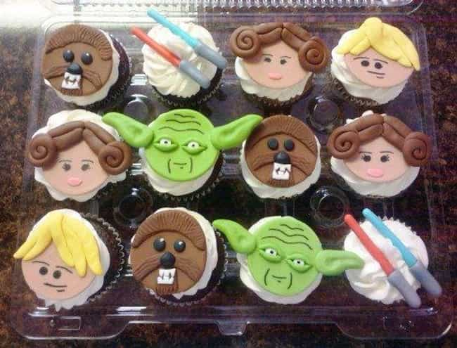 Star Wars Cupcakes is listed (or ranked) 3 on the list Hilarious Snack Trays for Your Next Movie Night
