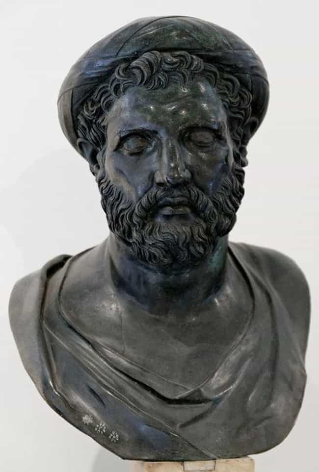 It Was Invented by Hipparchus is listed (or ranked) 2 on the list 12 Bizarre and Outlandish Theories About the Antikythera Mechanism