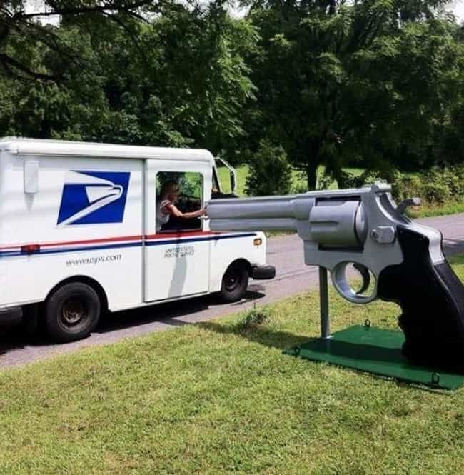 Right To Bear Mail is listed (or ranked) 3 on the list Inappropriate Mailboxes That Could Only Happen in America
