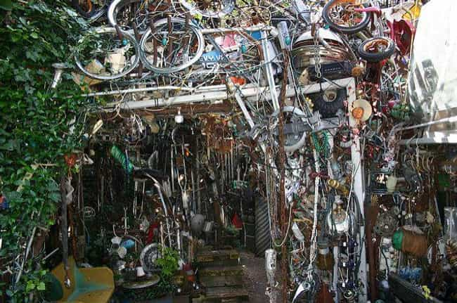 Cathedral of Junk is listed (or ranked) 1 on the list 11 Absurdly Crazy Buildings Made from Trash and Recycled Materials