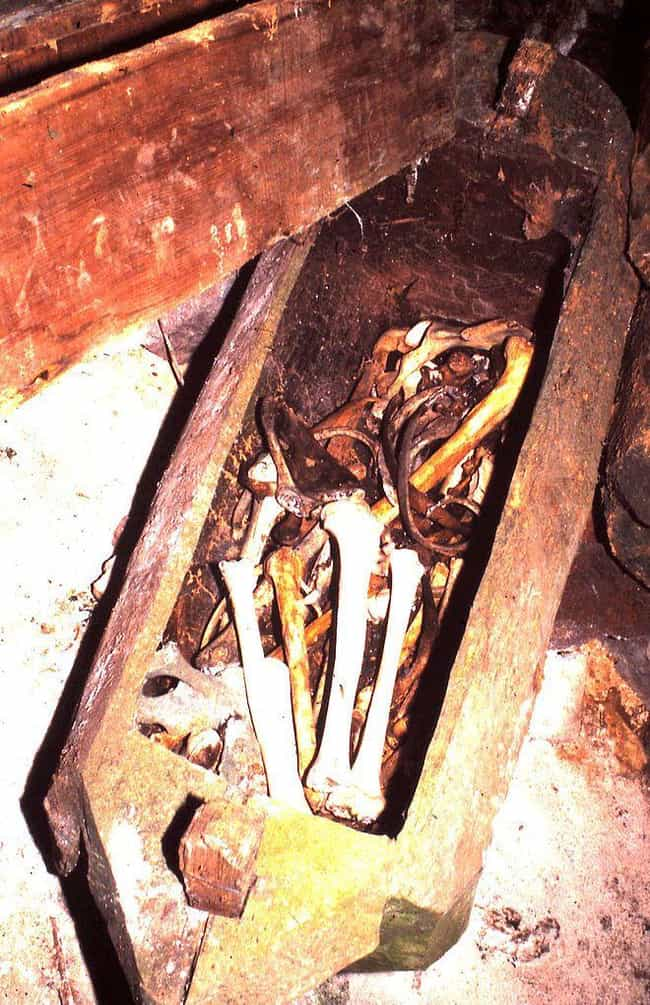A Gruesome Ritual Happens on t... is listed (or ranked) 4 on the list 7 Fascinating Facts About the Hanging Coffins of the Philippines