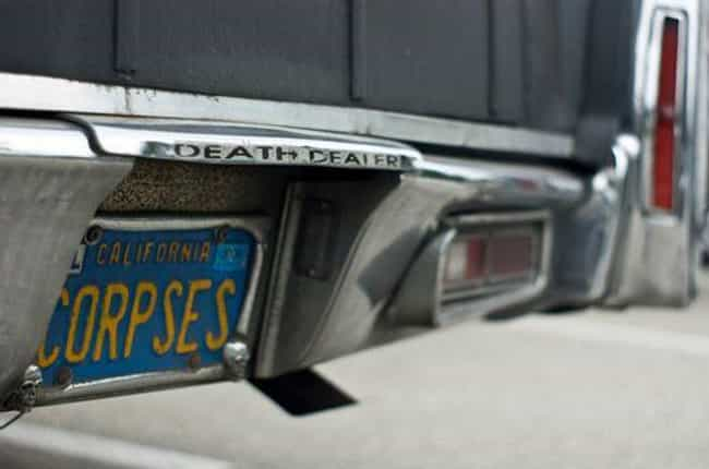 Just In Case You Were Confused... is listed (or ranked) 2 on the list 26 Funny Hearse License Plates That Are Actually Pretty Dark