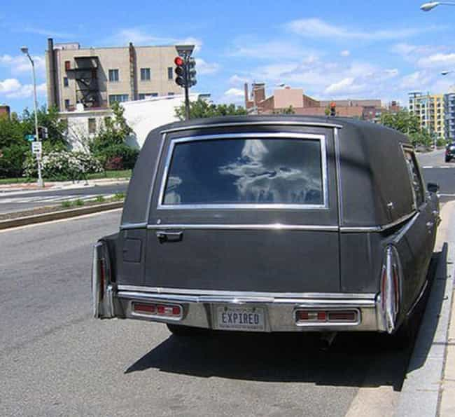 26 funny hearse license plates that are a little too dark