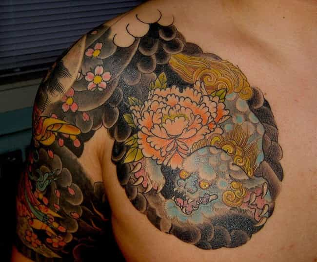 16 Beautiful Yakuza Tattoos And Their Symbolic Meaning Page 3