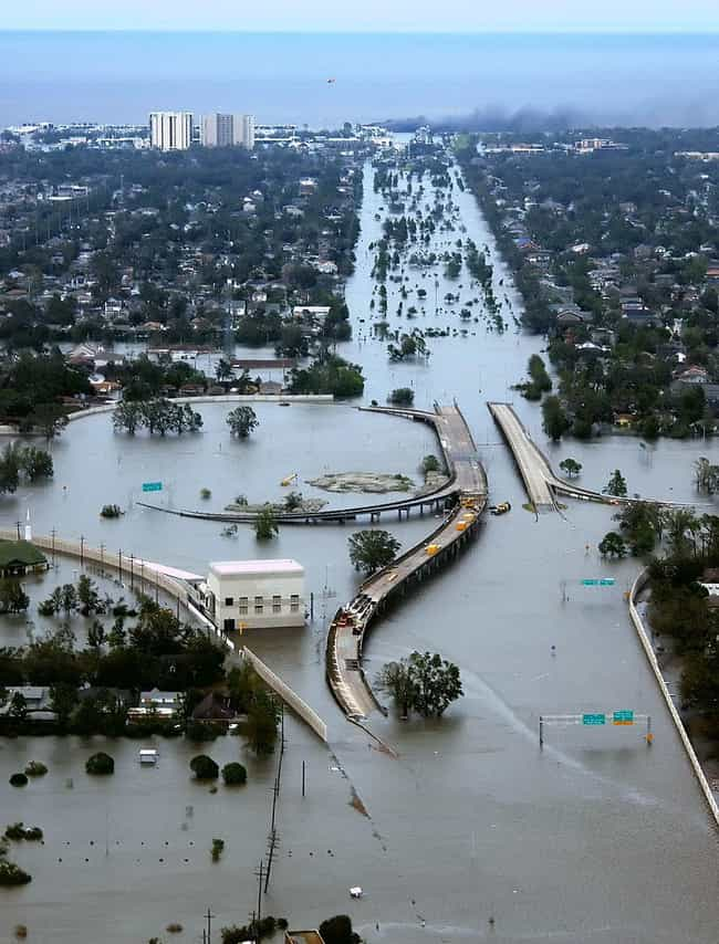 Entire Roads Disappeared as a ... is listed (or ranked) 3 on the list 20 Unbelievable Aftermath Pictures of the Worst Floods Throughout History