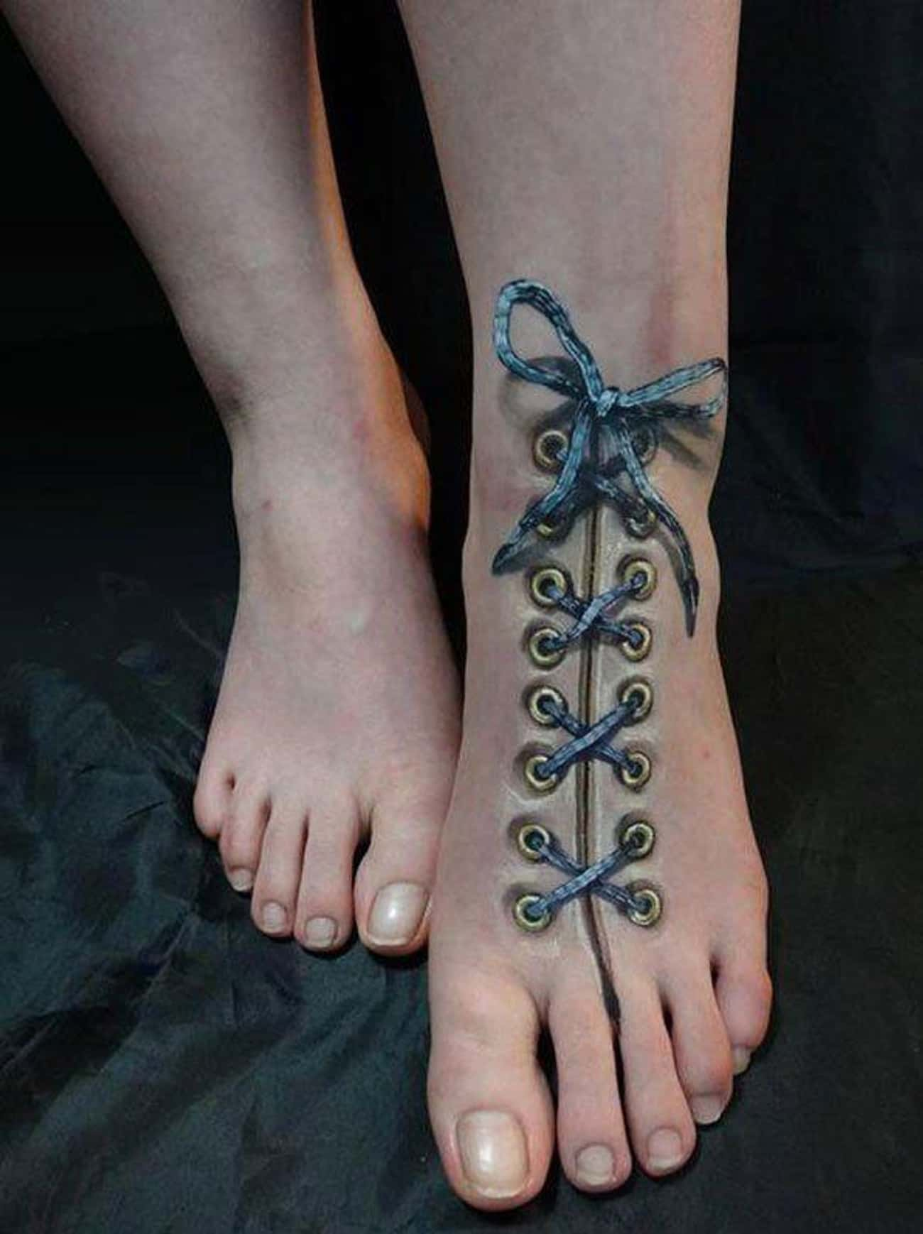 How To Make Damn Sure Your Sho is listed (or ranked) 4 on the list 29 Hyperrealistic Tattoos That Look Like Photos Printed on Skin