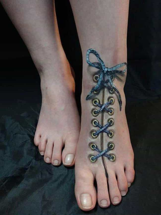 How To Make Damn Sure Your Sho... is listed (or ranked) 4 on the list 29 Hyperrealistic Tattoos That Look Like Photos Printed on Skin