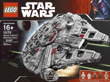 Ultimate Collector's Millennium Falcon