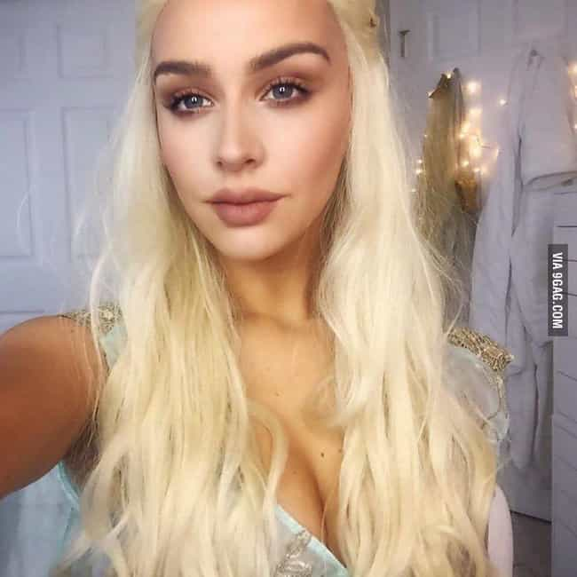 Even Khaleesi Takes Selfies is listed (or ranked) 1 on the list Game of Thrones Cosplay: Girls Dressed Like Khaleesi