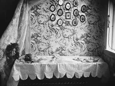 People Would Have Photos Taken is listed (or ranked) 1 on the list 6 Sad And Strange Facts About Victorian Death Photography