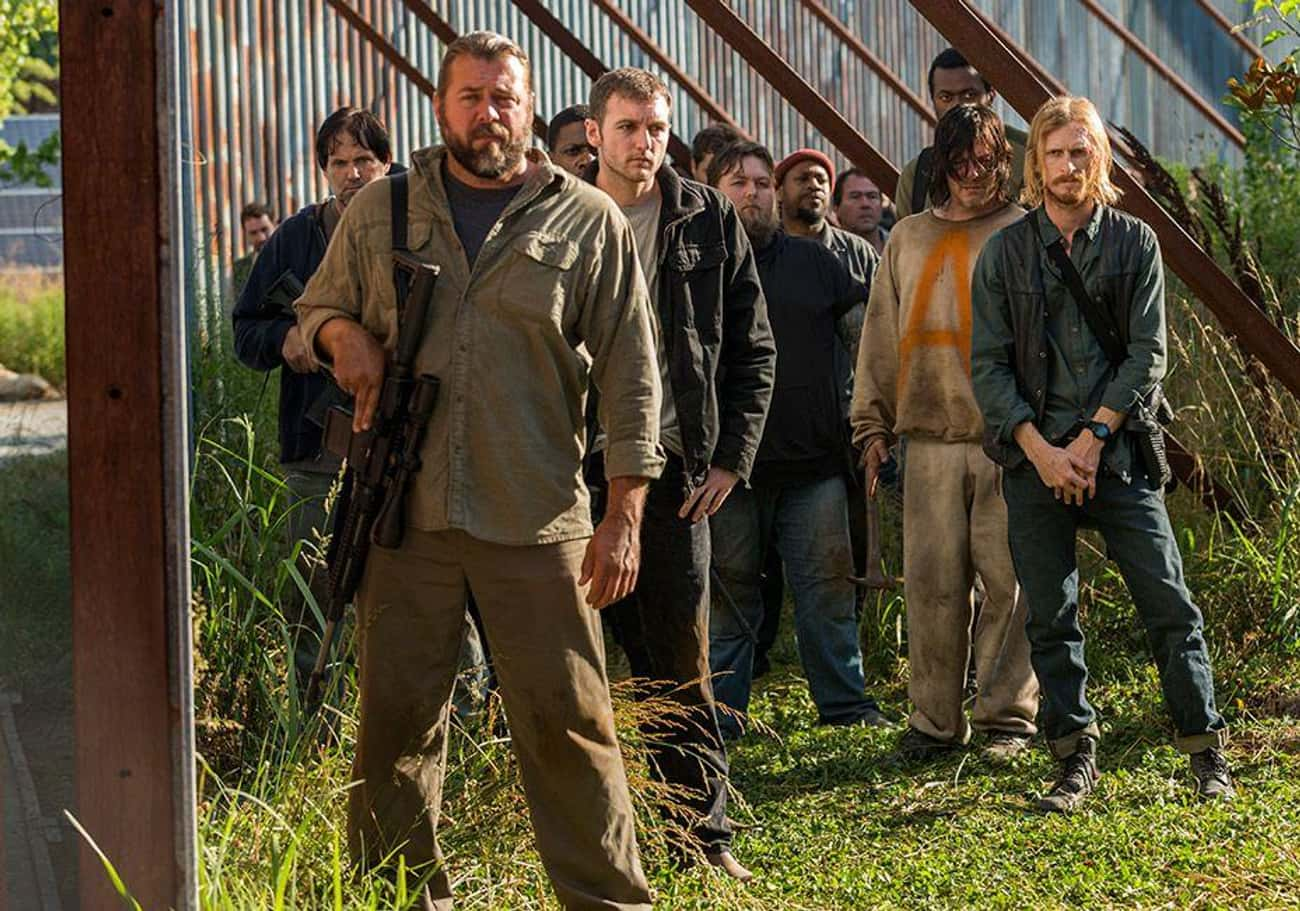 Stop Jerking Viewers Around in is listed (or ranked) 2 on the list 19 Ways to Drastically Improve The Walking Dead