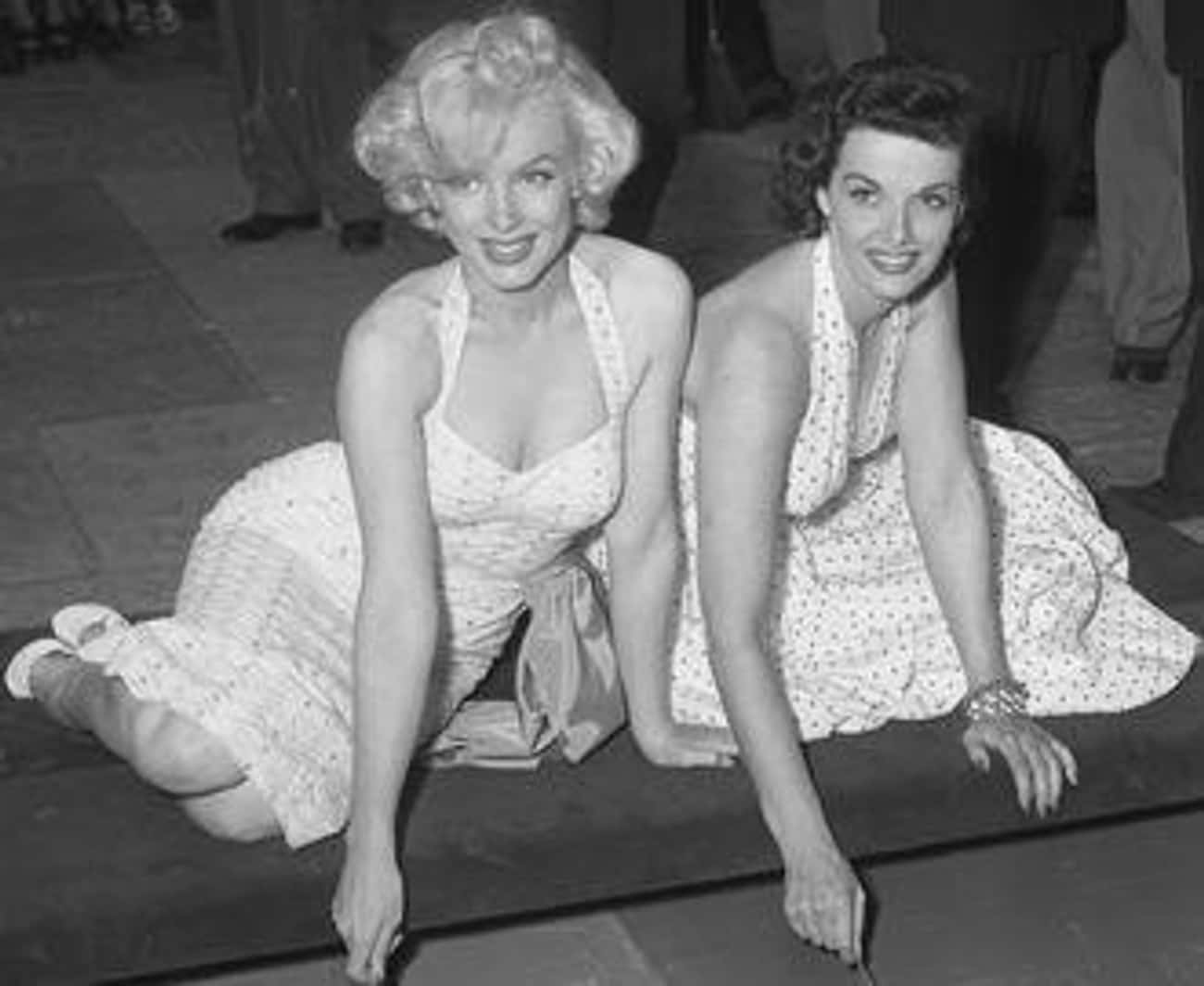 Marilyn Monroe Died From A Nembutal Overdose But No Pills Were Found In Her Stomach