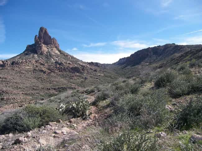Superstition Mountains C... is listed (or ranked) 5 on the list 12 People Who Vanished Looking For The Lost Dutchman Treasure