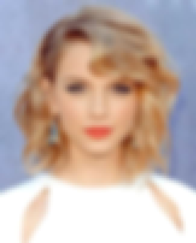 Taylor Swift Meets Emma Watson is listed (or ranked) 2 on the list 28 Celebrity Face Mashups That Will Blow Your Mind
