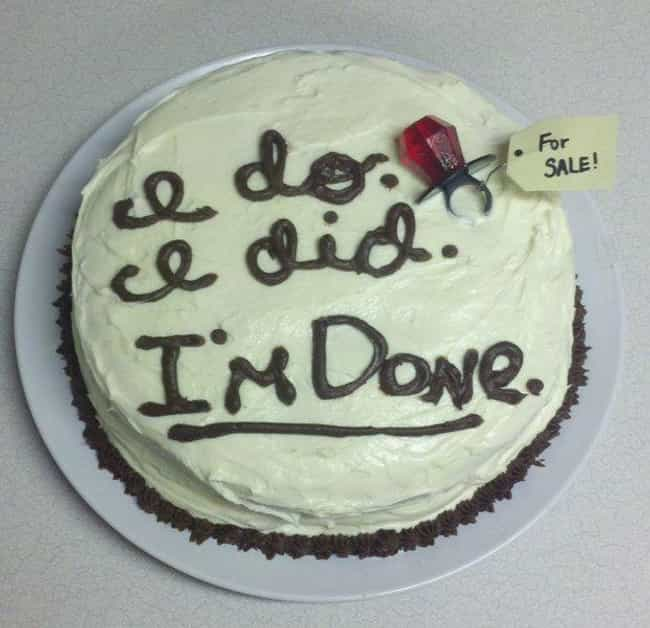 Ring For Sale is listed (or ranked) 4 on the list 28 Divorce Cakes That Are As Blunt As They Are Beautiful