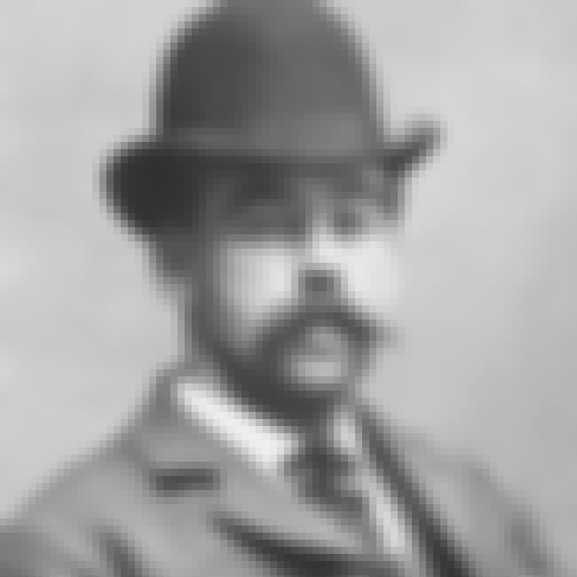 There's No Record Of Holme... is listed (or ranked) 4 on the list 7 Reasons Why H.H. Holmes And Jack the Ripper Could Be The Same Person