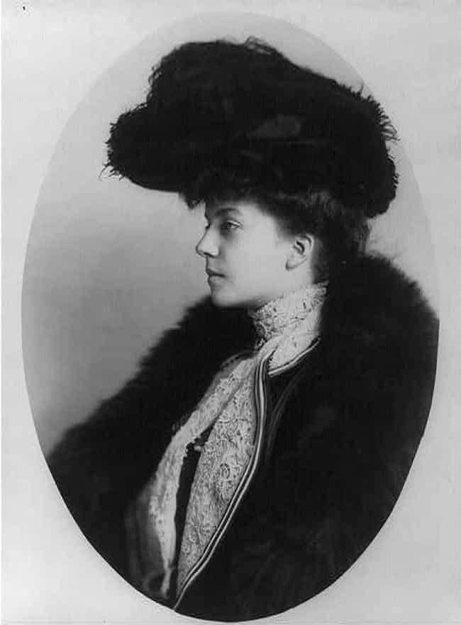 She Flouted Rules Of Res... is listed (or ranked) 1 on the list 15 Scandalous Facts About Alice Roosevelt, America's Wildest First Daughter