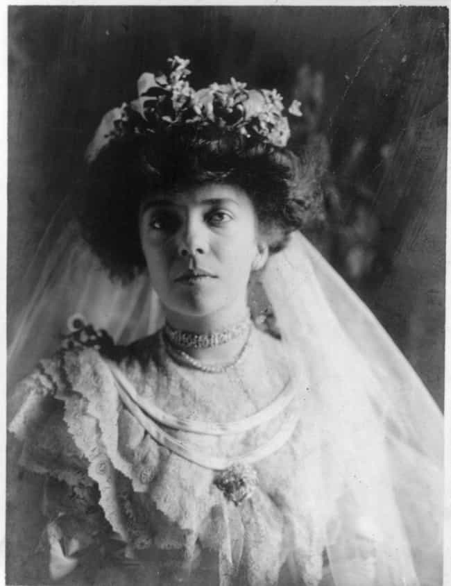 She Cut The Cake With A ... is listed (or ranked) 2 on the list 15 Scandalous Facts About Alice Roosevelt, America's Wildest First Daughter