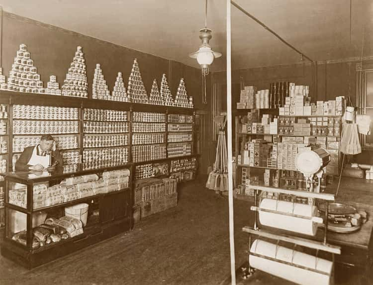 Interior View Of A Chicago Grocery, 1920