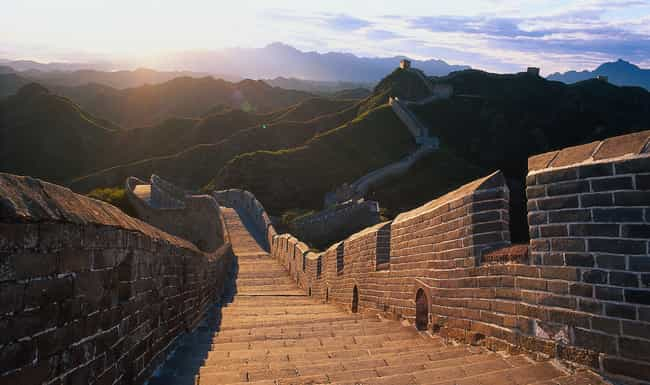 Criminal Laborers Who Di... is listed (or ranked) 3 on the list 12 Mind-Boggling Facts About Building The Great Wall of China