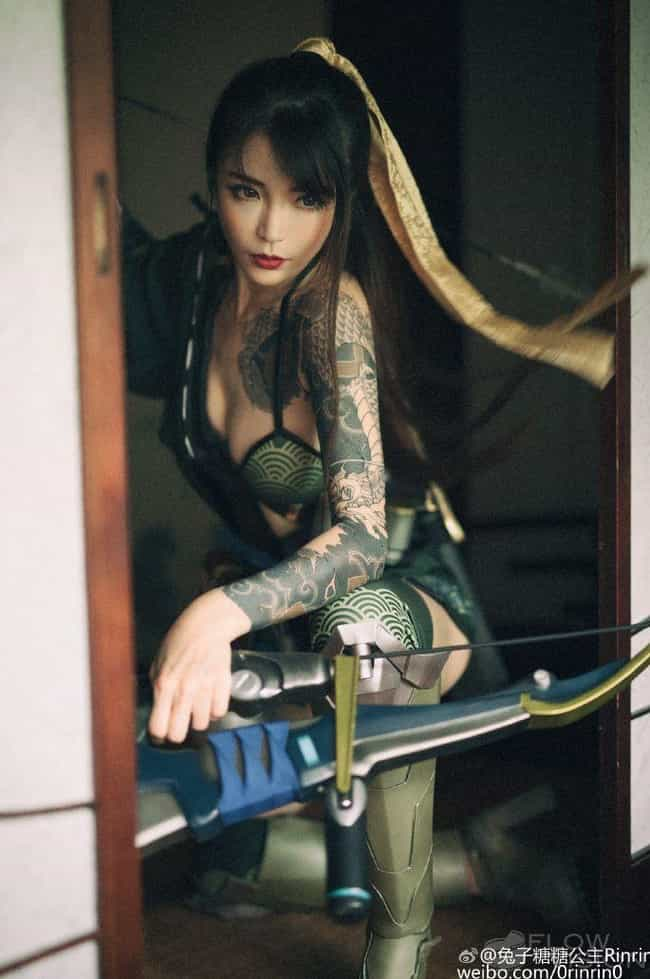 Hanzo Taking Aim is listed (or ranked) 1 on the list 25 Brilliant Gender Bend Overwatch Cosplays