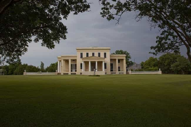 At Gaineswood Plantation, Peop... is listed (or ranked) 3 on the list 15 Ghost Stories From American Plantations