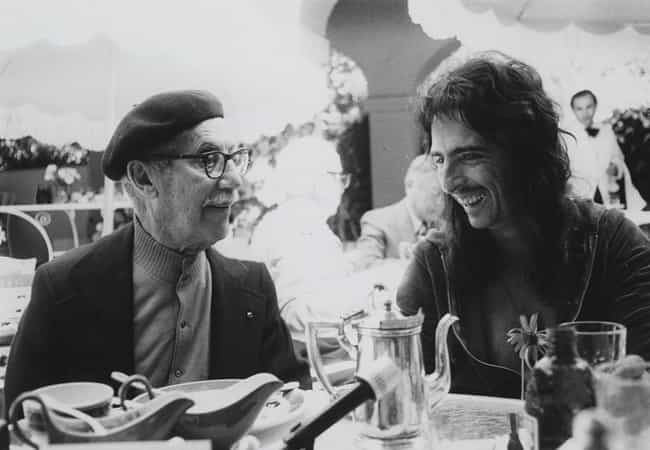 Groucho Marx & Alice Coope... is listed (or ranked) 1 on the list 14 Photos of Historical Legends Hanging Out With Each Other