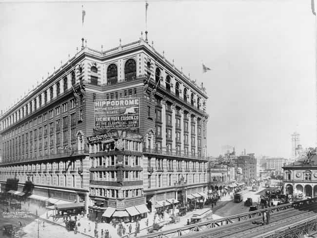 Macy's, New York City, 1907 is listed (or ranked) 3 on the list 21 Striking Photos Showing How Department Stores Have Evolved Through History