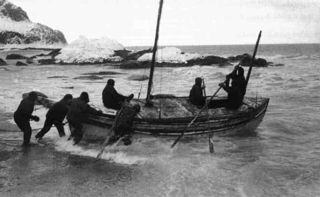 Shackleton Sailed 900 Mi... is listed (or ranked) 8 on the list What Happened When Shackleton Was Stranded In The Antarctic For Years?