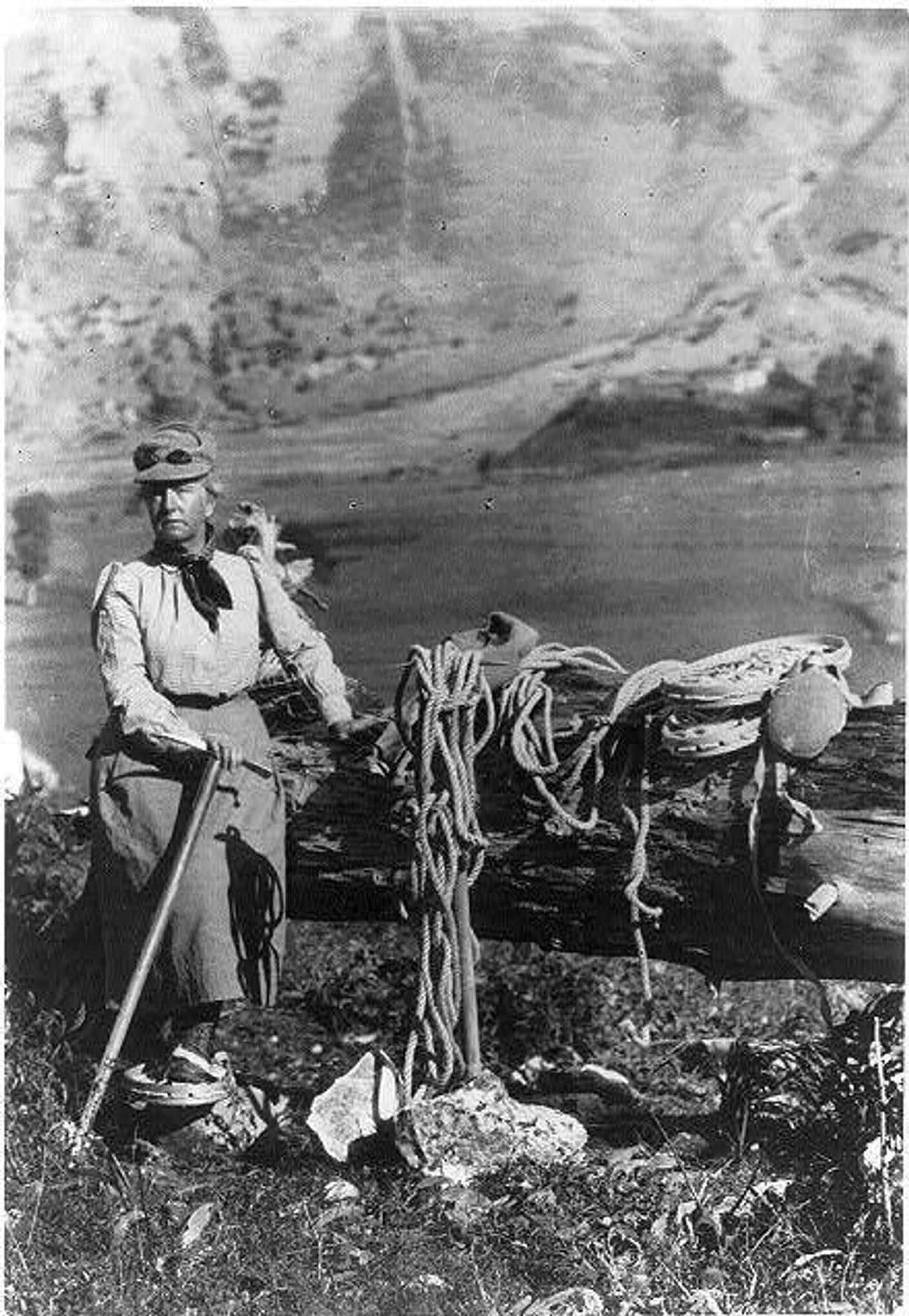 Fannie Bullock Workman Posed O is listed (or ranked) 4 on the list 25 Awesome Photos of Early 1900s Mountain Climbers