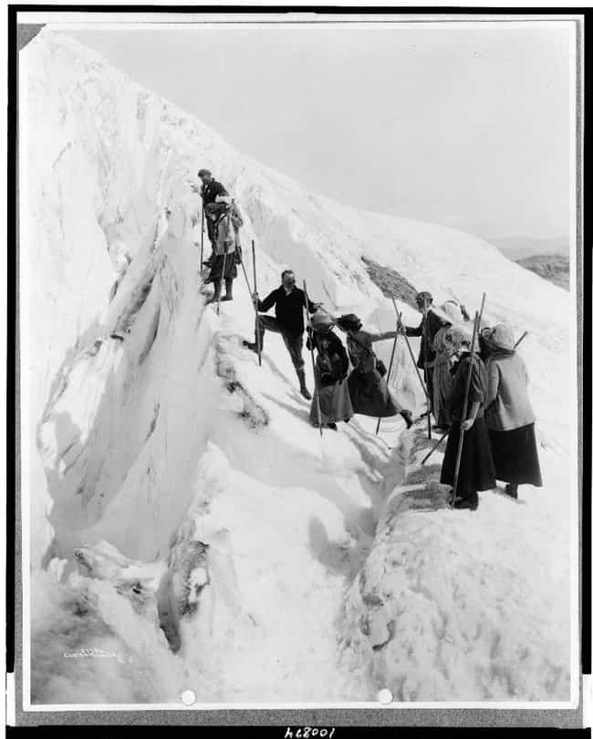 Group Of Men And Women Climbin... is listed (or ranked) 2 on the list 25 Awesome Photos of Early 1900s Mountain Climbers