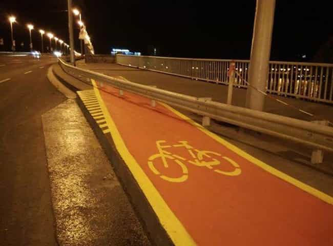 This Bike Path is listed (or ranked) 4 on the list The Most Utterly Useless Things Ever Made