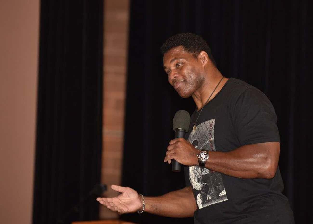 Herschel Walker Has A Personality That Excels At Football
