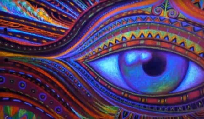 The Craziest Things People Have Seen On DMT, The Death Chemical In Your  Brain