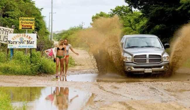 25 Photos Taken A Second Before Disaster Struck