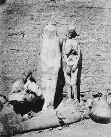 1865 – An Egyptian Street Vendor Sells Mummies
