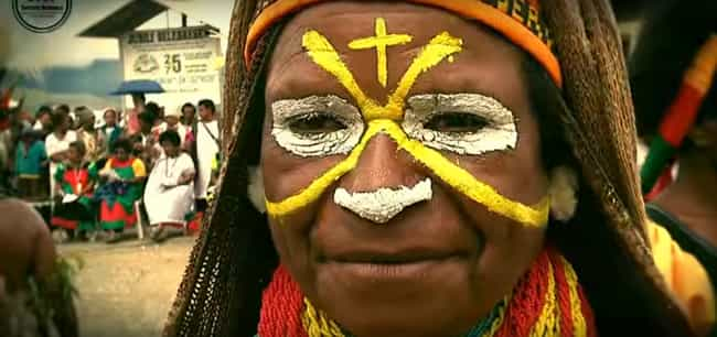 Angry Mobs Can Keep Poli... is listed (or ranked) 4 on the list 14 Horrible Facts About The Modern Day 'Witch-Killings' In Papua New Guinea