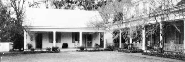 Ghost Of Legendary Slave... is listed (or ranked) 2 on the list Photos Depicting Ghosts Haunting American Plantations