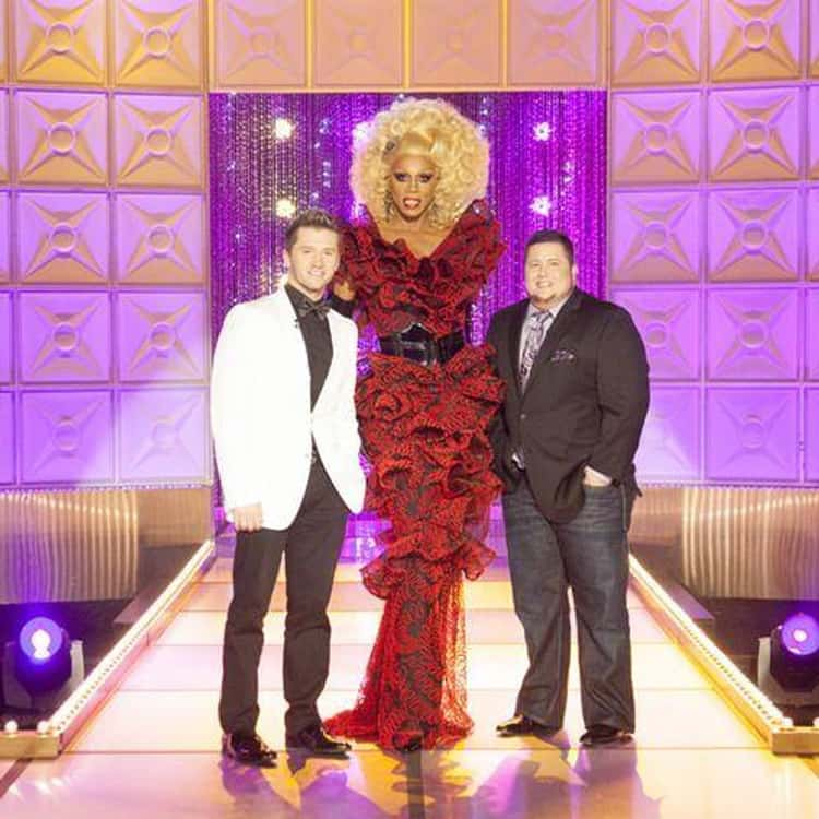 "RuPaul Is 6'4"" And Wears A Size 13 Shoe"